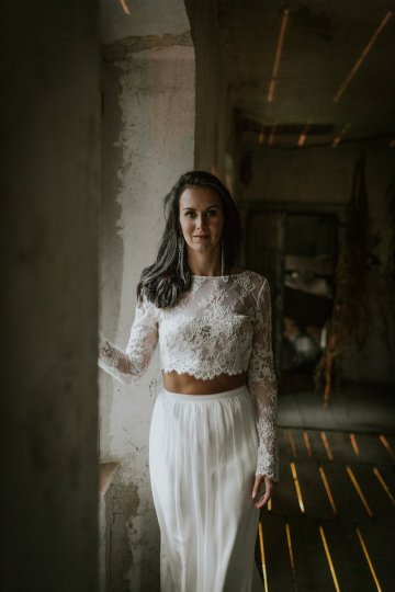 Monstera Leaves & Artichokes; A Hip Slovenian Wedding   Karen Willis Holmes Bridal   Aljosa Videtic 34