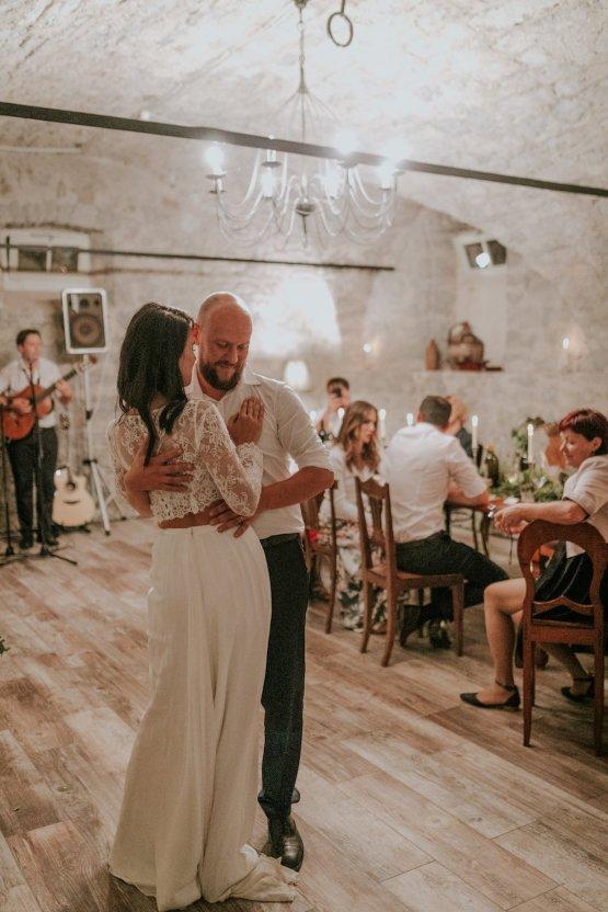 Monstera Leaves & Artichokes; A Hip Slovenian Wedding | Karen Willis Holmes Bridal | Aljosa Videtic 35