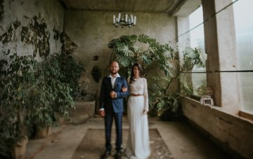 Monstera Leaf Love; A Non-Traditional Slovenian Wedding