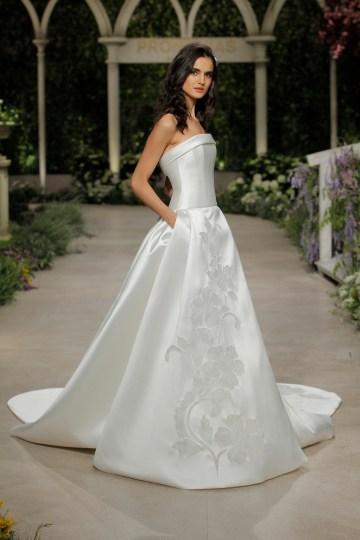 Pronovias 2019 In Bloom Wedding Dress Collection | Cassie 2