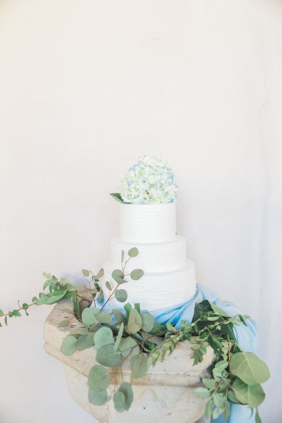 Romantic Watercolor Ideas Featuring A Blue Wedding Dress | Cana Rose Photography 22