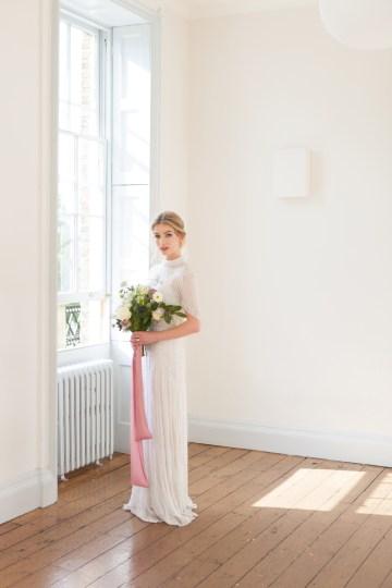 Swanky London Wedding Inspiration Filled With Pretty Dessert Ideas | Amanda Karen Photography 40