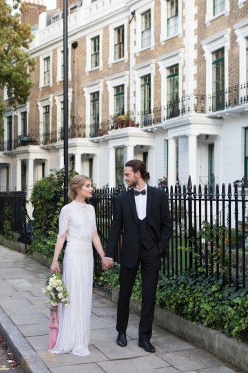 Swanky London Wedding Inspiration Filled With Pretty Dessert Ideas | Amanda Karen Photography 66