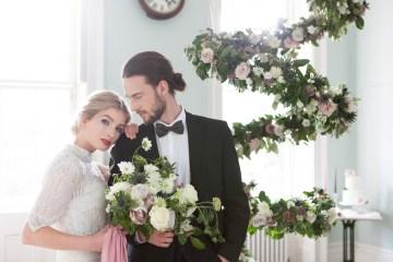 Swanky London Wedding Inspiration Filled With Pretty Dessert Ideas | Amanda Karen Photography 9