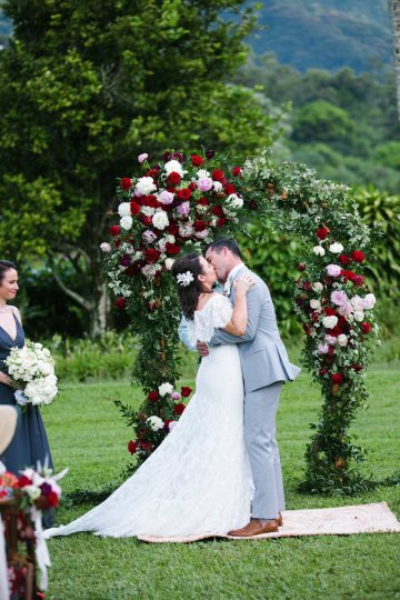 Tropical Hawaii Plantation Wedding | Naomi Wong Photography 21
