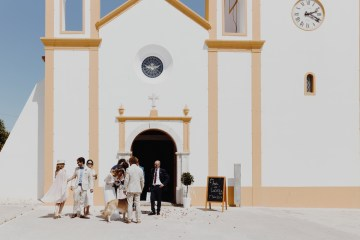 9 Guests 2 Dogs on a Beach in Portugal – A Wedding Film | Vanessa & Ivo 12