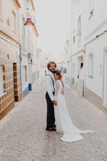 9 Guests 2 Dogs on a Beach in Portugal – A Wedding Film | Vanessa & Ivo 37