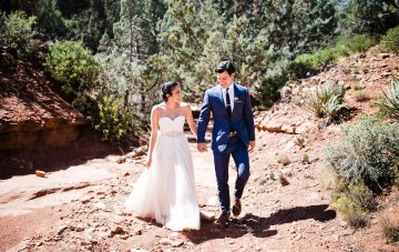 Casual Sedona Red Rocks Wedding (With A Sweetheart Blush Wedding Dress)