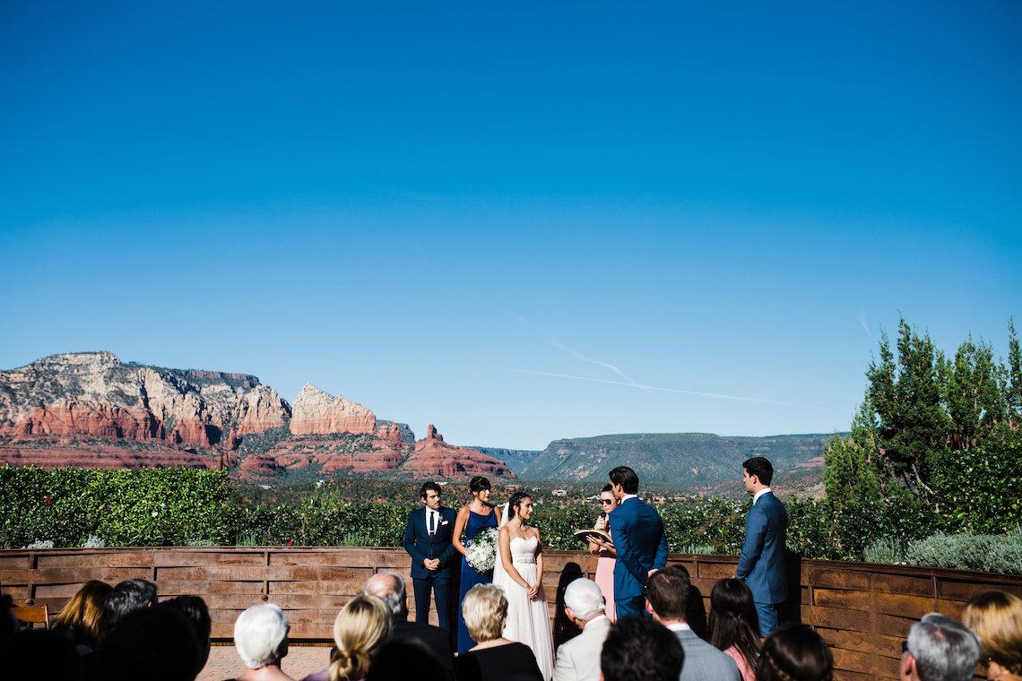 Casual Sedona Red Rocks Wedding (With A Sweet Blush Wedding Dress) | Julia Kinnunen Photography 7