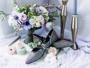 Sparkling Art Deco Wedding Inspiration From NYC | Mibellarosa | Jenny Fu Studio 37