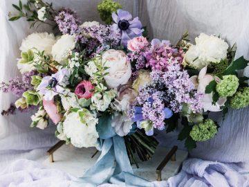 Sparkling Art Deco Wedding Inspiration From NYC | Mibellarosa | Jenny Fu Studio 39
