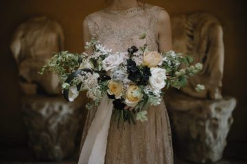 Ancient Rome Meets Mod Yellows & Sophisticated Black In This Timeless Wedding Inspiration | Cinzia Bruschini 7