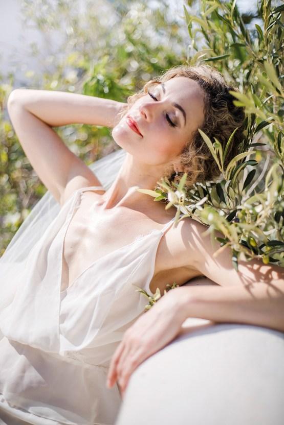 Delightfully Pretty & Wildy Fun Greek Destination Wedding | Penelope Photography 8