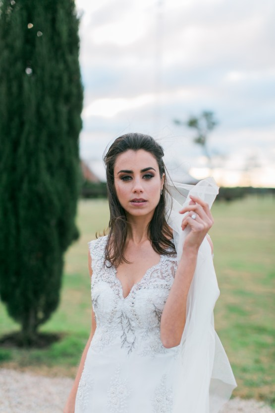 Equestrian Luxe; Boho Wedding Inspiration From Argentina | Steven Leyva Photography | Burlap & Bordeaux 21