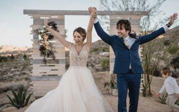 Glitz & Glamour Meets Southwestern Vintage Wedding Inspiration