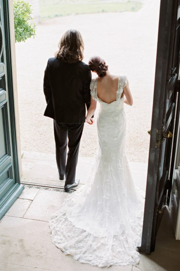 Luxurious Coco Chanel Inspired Wedding Ideas | Bowtie & Belle Photography 20