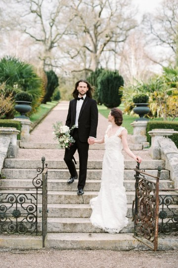Luxurious Coco Chanel Inspired Wedding Ideas | Bowtie & Belle Photography 21
