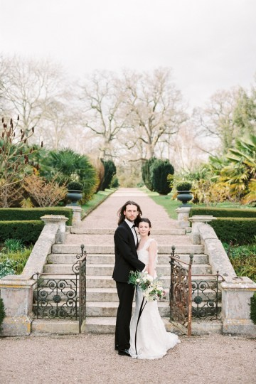 Luxurious Coco Chanel Inspired Wedding Ideas | Bowtie & Belle Photography 23