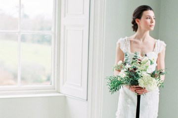 Luxurious Coco Chanel Inspired Wedding Ideas | Bowtie & Belle Photography 32