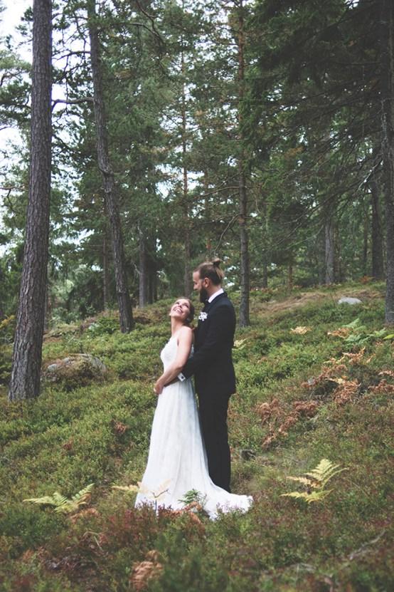 Relaxed & Woodsy Swedish Island Wedding | Sara Kollberg 1