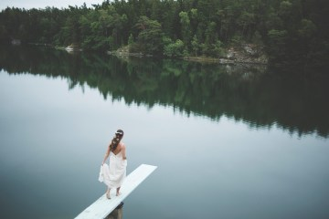 Relaxed & Woodsy Swedish Island Wedding | Sara Kollberg 19
