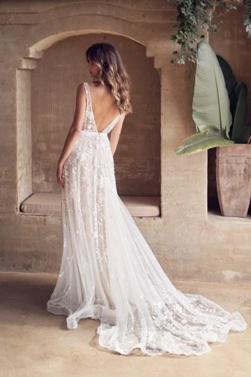 The Romantic & Sparkling Anna Campbell Wanderlust Wedding Dress Collection | Amelie Dress-10