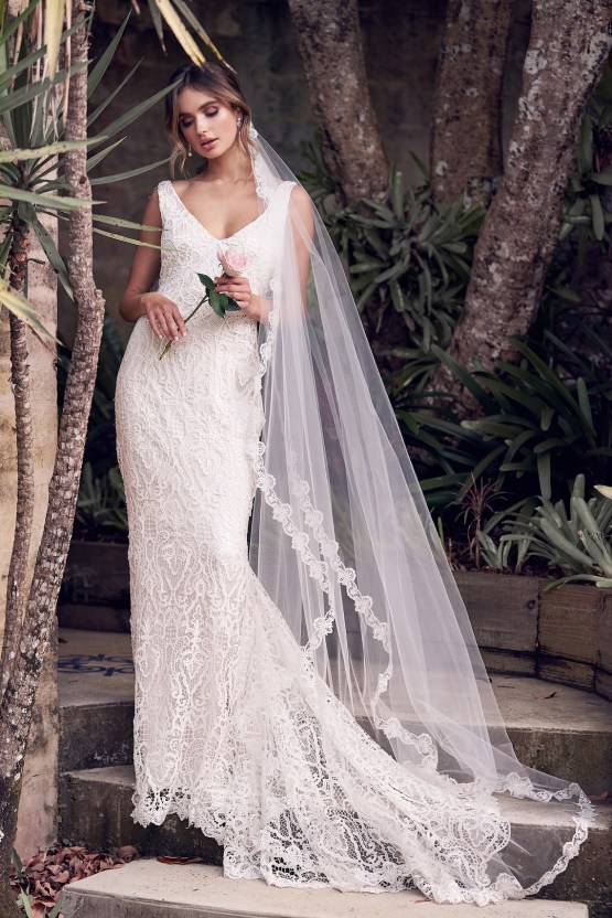These sparkling Anna Campbell wedding dresses will dazzle any bride