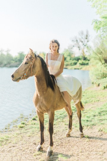 Beltane Goddess Bridal Inspiration With Lilacs And Horses – Gabriela Jarkovska 35