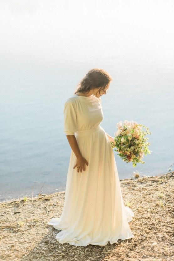 Beltane Goddess Bridal Inspiration With Lilacs And Horses – Gabriela Jarkovska 37