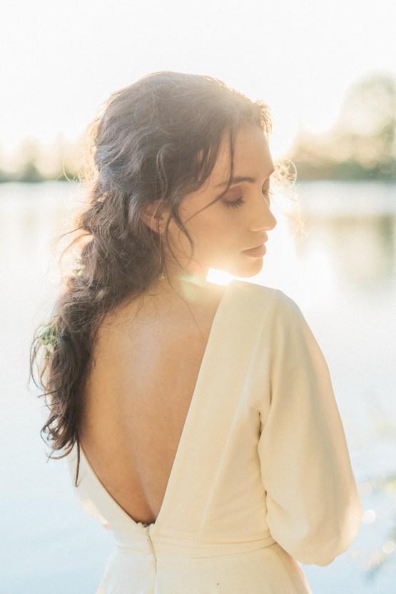 Beltane Goddess Bridal Inspiration With Lilacs And Horses – Gabriela Jarkovska 40