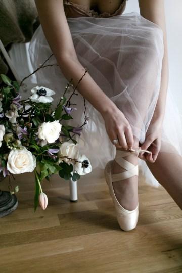 Celestial Ballerina Meets Art Gallery Wedding Inspiration   Alleksana Photography 52