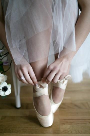 Celestial Ballerina Meets Art Gallery Wedding Inspiration   Alleksana Photography 53