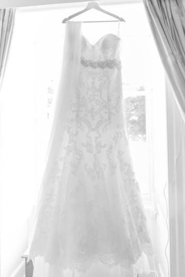Intimate & Idyllic Wales Country House Wedding | Heledd Roberts Photography 13