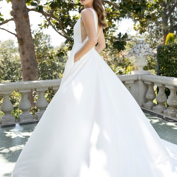 Jenny by Jenny Yoo's Fresh and Totally Modern Wedding Dress Collection | Spencer 4