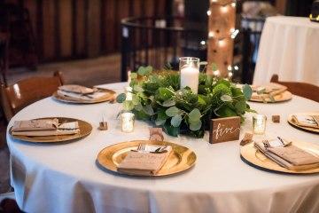 Rustic Barn Wedding Filled With Greenery | Deyla Huss Photography 1