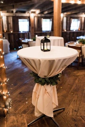 Rustic Barn Wedding Filled With Greenery | Deyla Huss Photography 45
