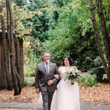 Rustic Barn Wedding Filled With Greenery   Deyla Huss Photography 47
