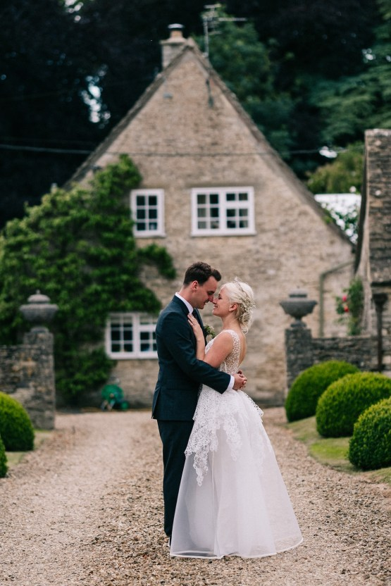 Rustic English Countryside Marquee Wedding | Babb Photo 27