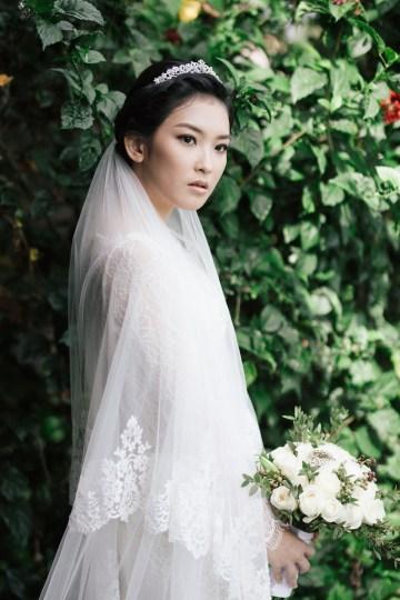 Zen Balinese Wedding Inspiration With A Dazzling Tiara   Nej Photo   Chere Weddings 13