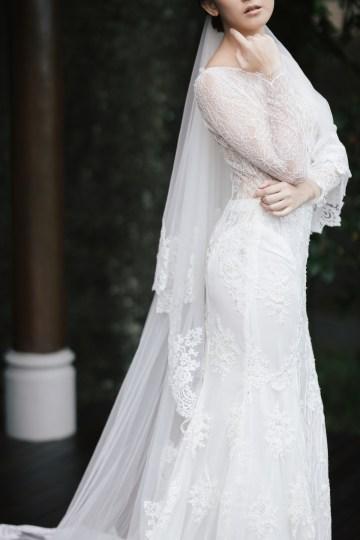 Zen Balinese Wedding Inspiration With A Dazzling Tiara   Nej Photo   Chere Weddings 16