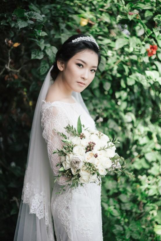 Zen Balinese Wedding Inspiration With A Dazzling Tiara | Nej Photo | Chere Weddings 32