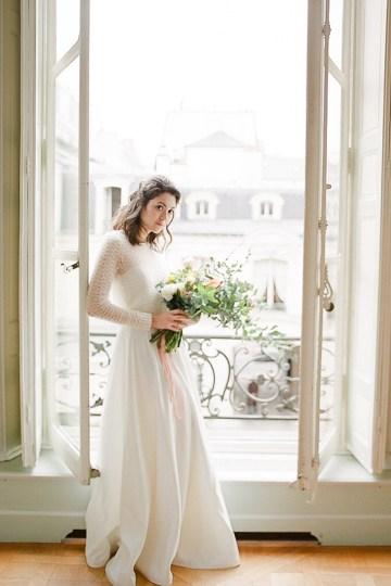 Elegant Blush Parisian Bridal Inspiration Featuring Luxurious Veils and Boudoir Ideas – Bonphotoge 17