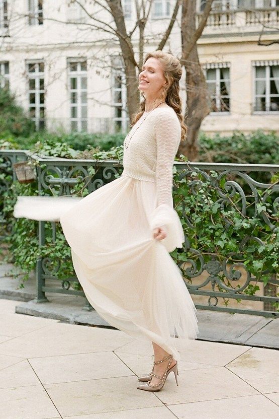 Elegant Blush Parisian Bridal Inspiration Featuring Luxurious Veils and Boudoir Ideas – Bonphotoge 6