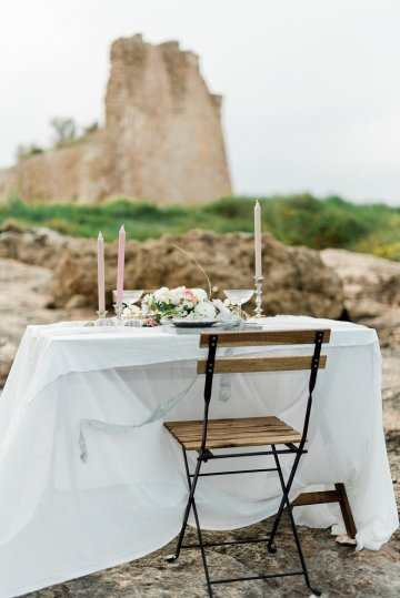 Organic and Foraged Romantic Puglia Wedding Inspiration – Lace and Luce 21
