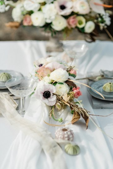 Organic and Foraged Romantic Puglia Wedding Inspiration – Lace and Luce 24