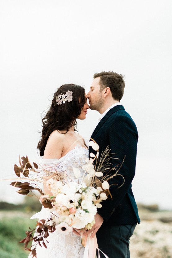 Organic and Foraged Romantic Puglia Wedding Inspiration – Lace and Luce 28