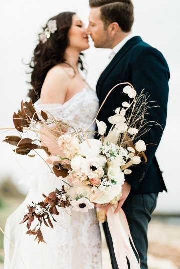 Organic and Foraged Romantic Puglia Wedding Inspiration – Lace and Luce 30