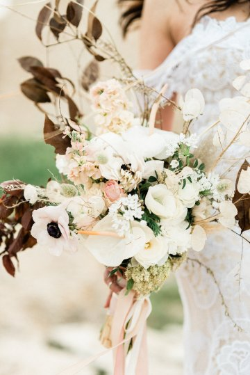 Organic and Foraged Romantic Puglia Wedding Inspiration – Lace and Luce 34