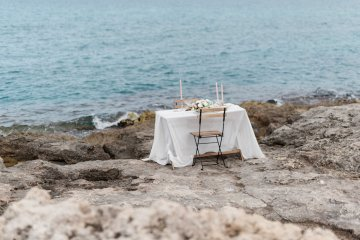 Organic and Foraged Romantic Puglia Wedding Inspiration – Lace and Luce 4