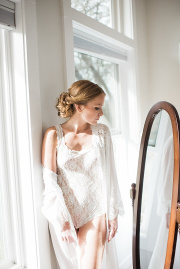 Warm Fall Catskills Wedding With Ceremony Sparklers – Christina Lilly Photography – Buds of Brooklyn 24